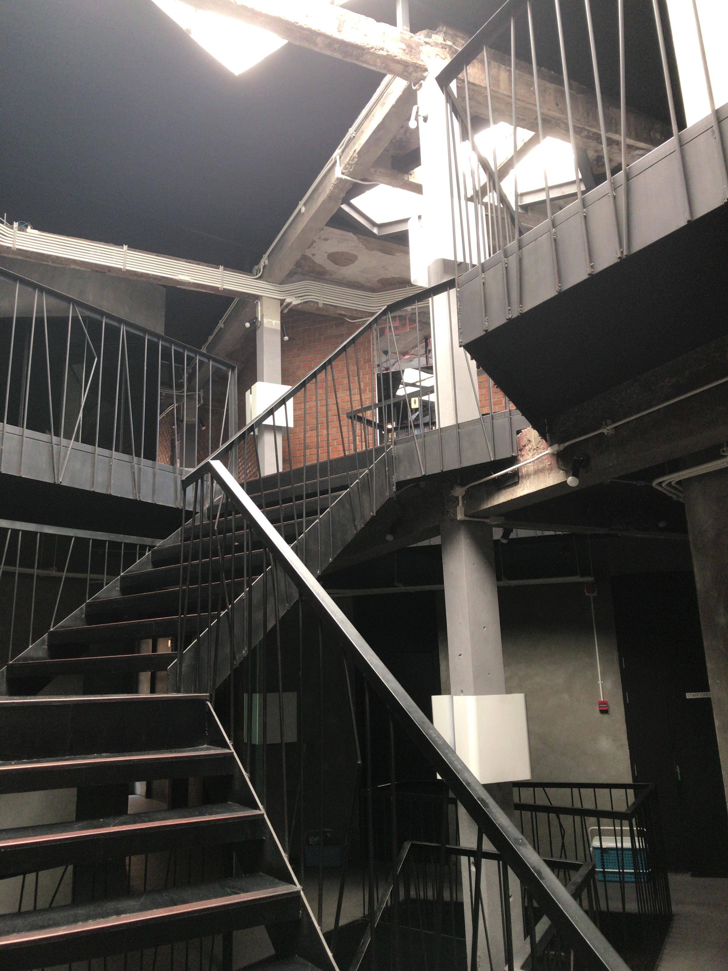 タニヤ minimis hostel
