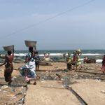 インドの貧しい漁村プリー