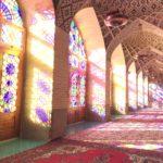 シーラーズのピンクモスクに心を奪われる