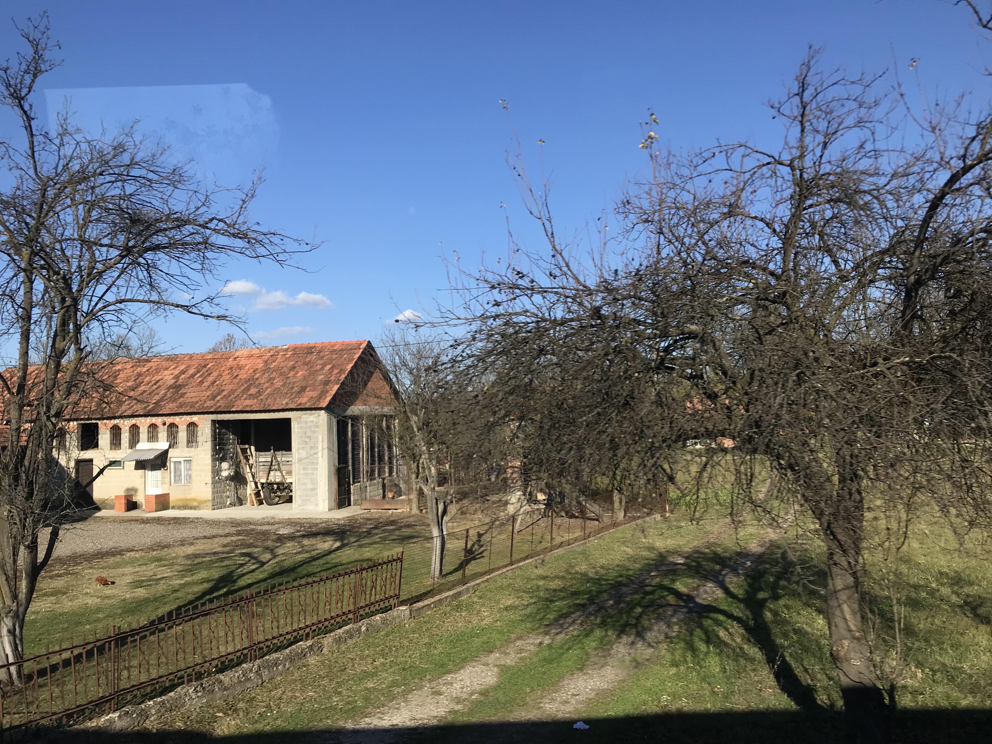 ボスニアからセルビアバス移動