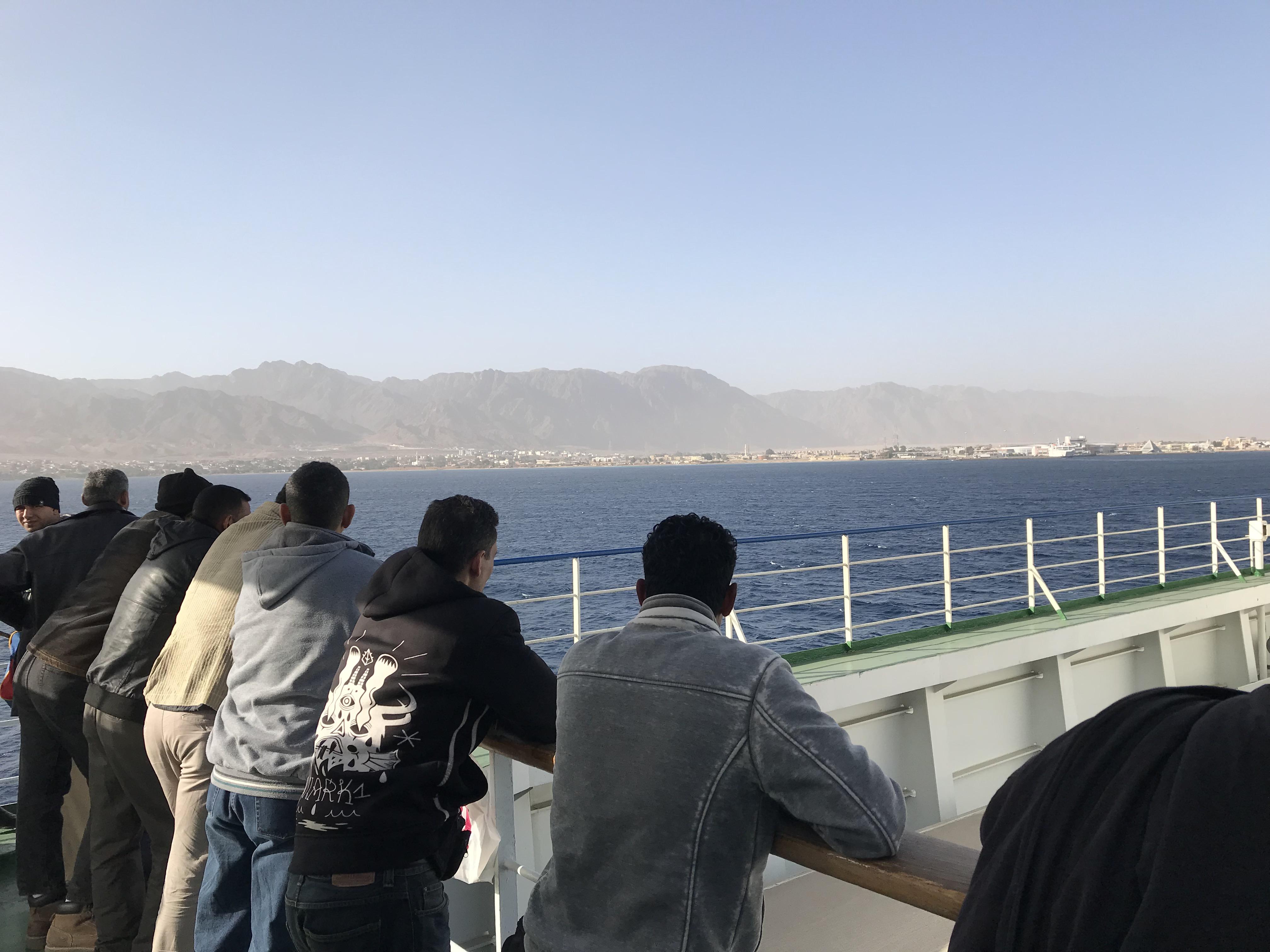 ヨルダンからエジプト船移動
