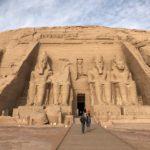 アスワンの観光の目玉アブシンベル神殿
