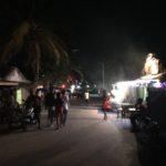 怪しい立ちんぼ(破格)の女性達がたむろする夜のモロンダバ