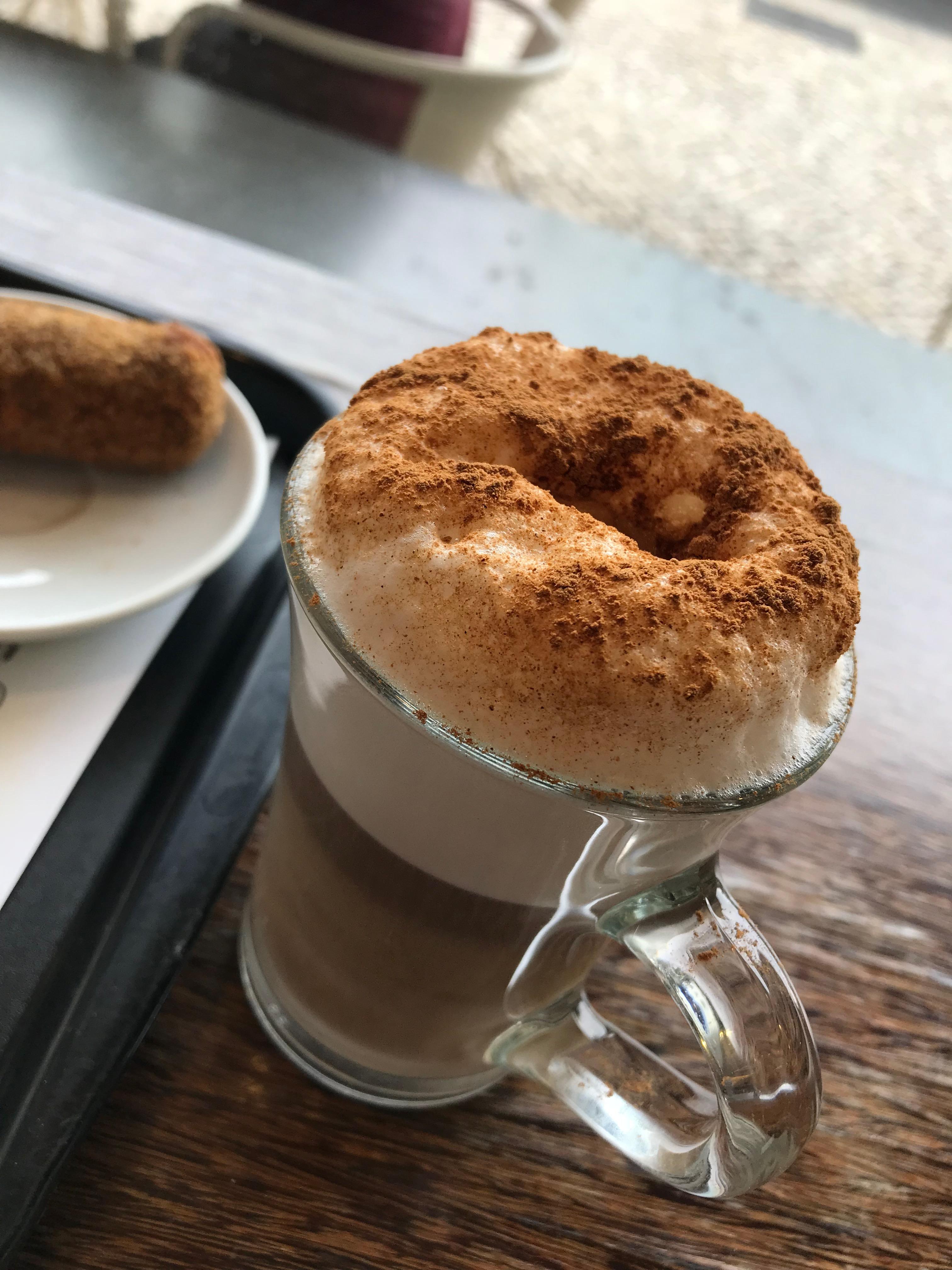 リスボン カフェ