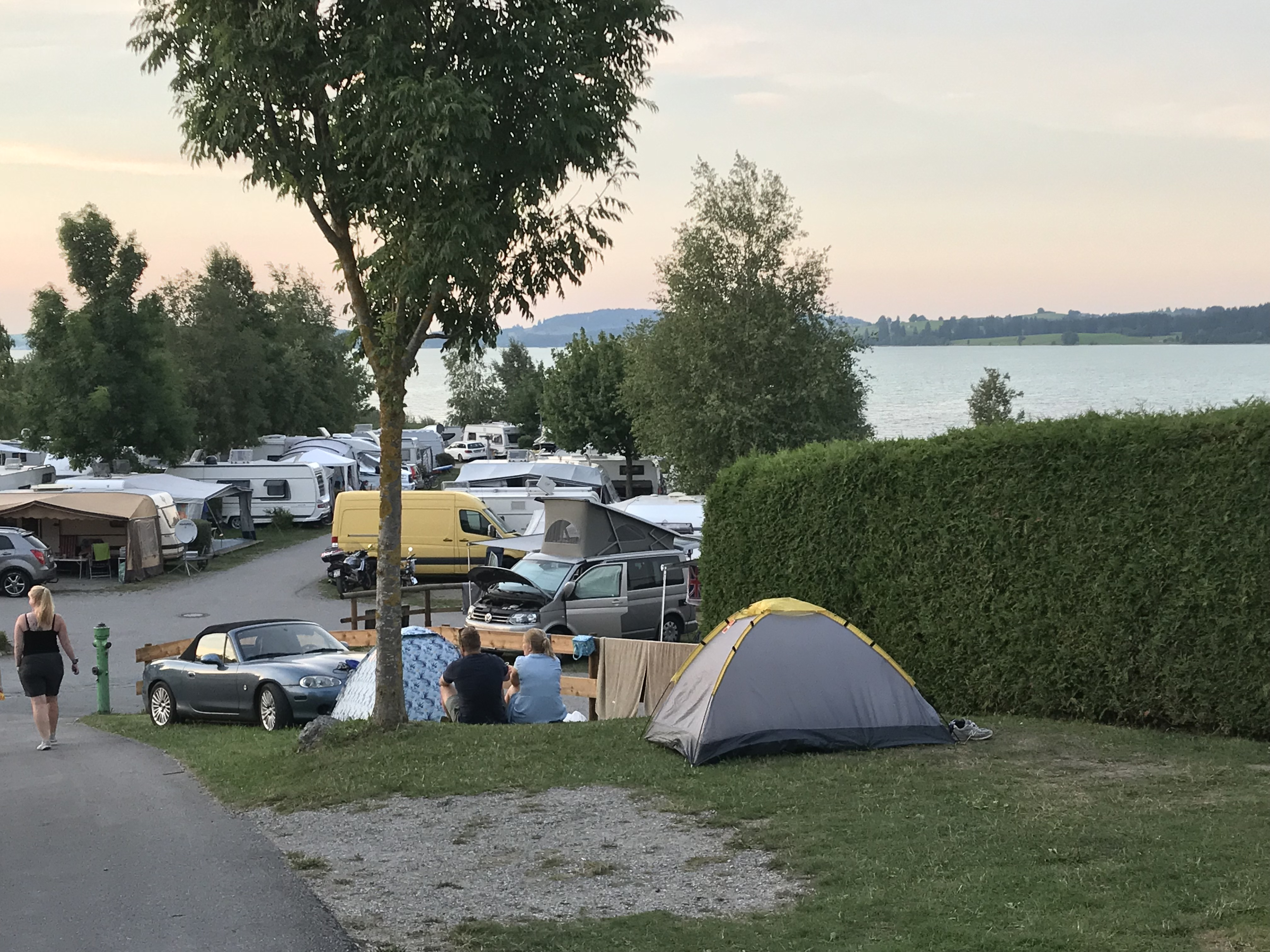 Camping Brunnen(キャンピング・ブルネン)