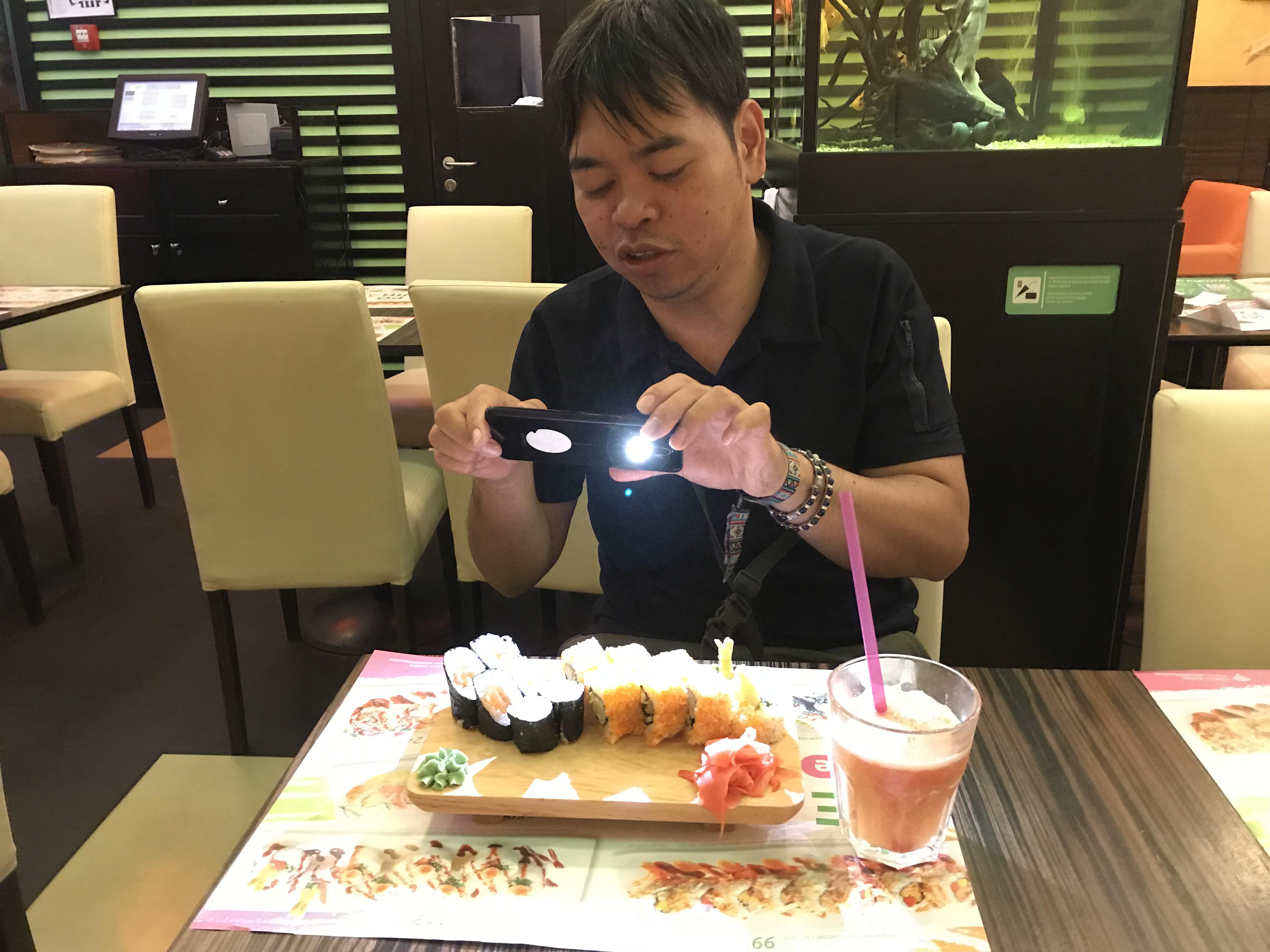 キエフ 寿司