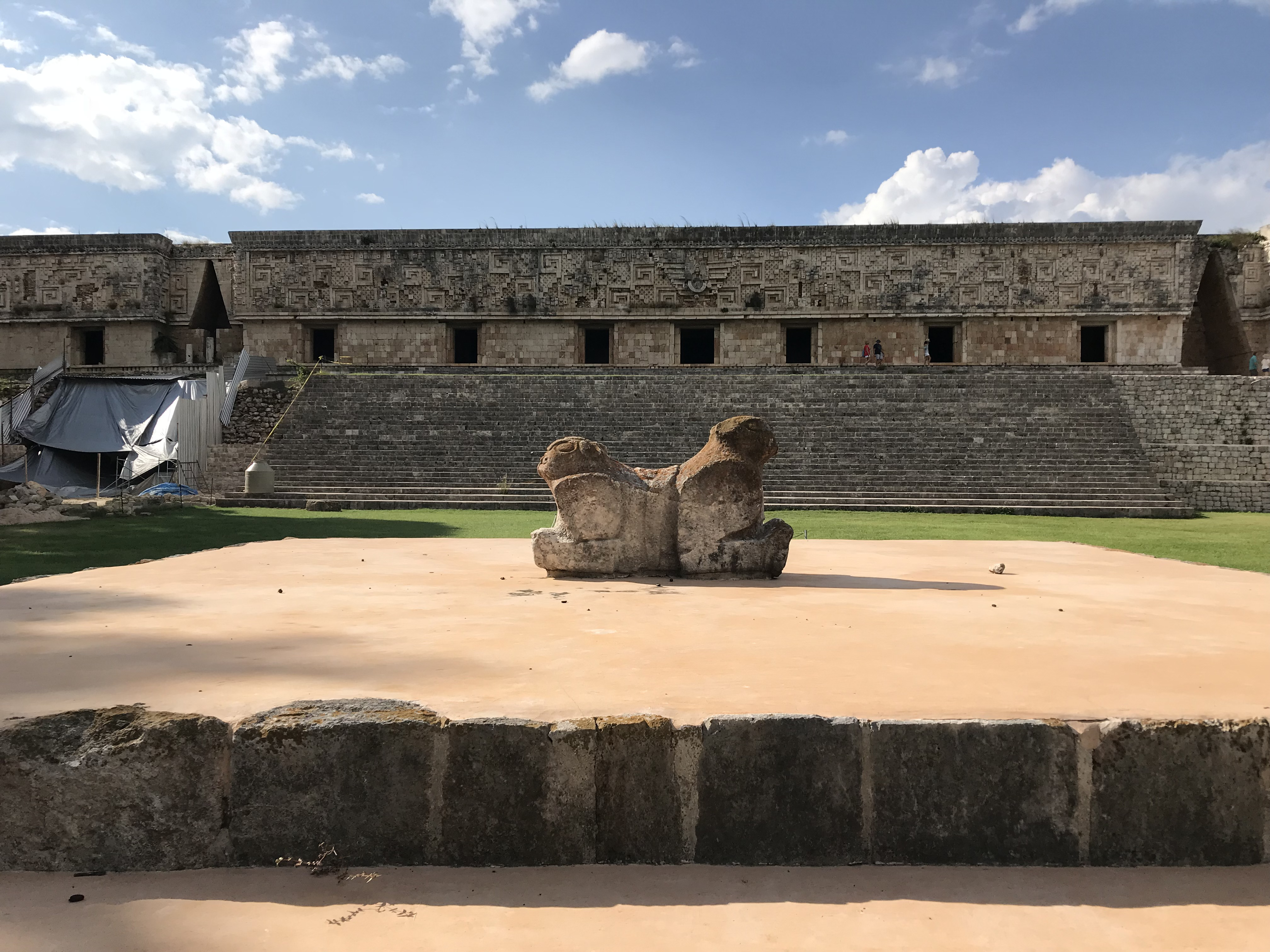 ウシュマル遺跡