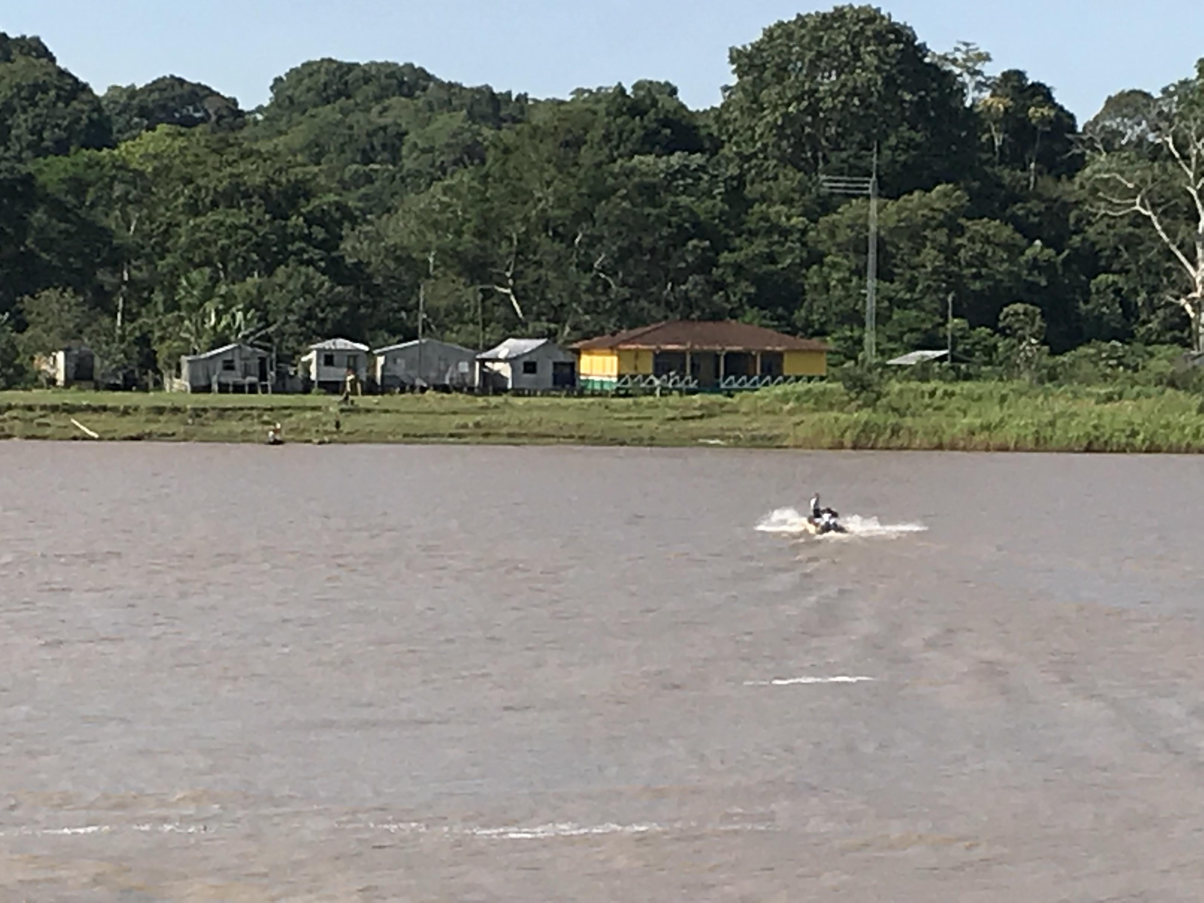 アマゾン川下り Tabatinga〜Manaus