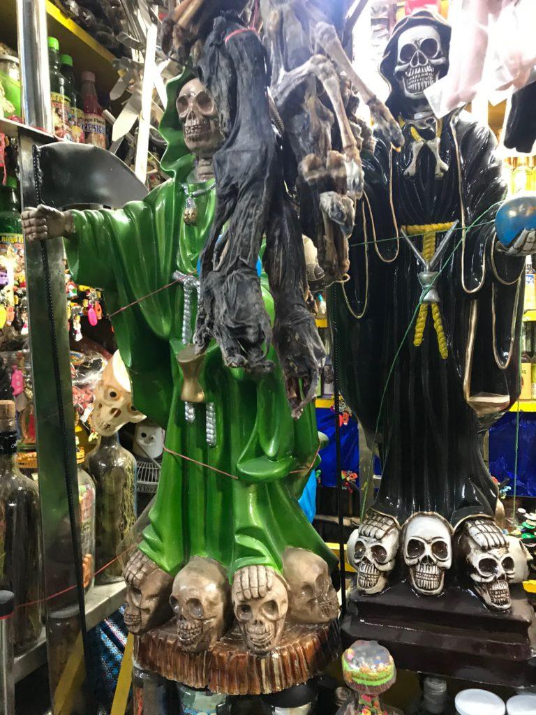 リマ 魔女市場